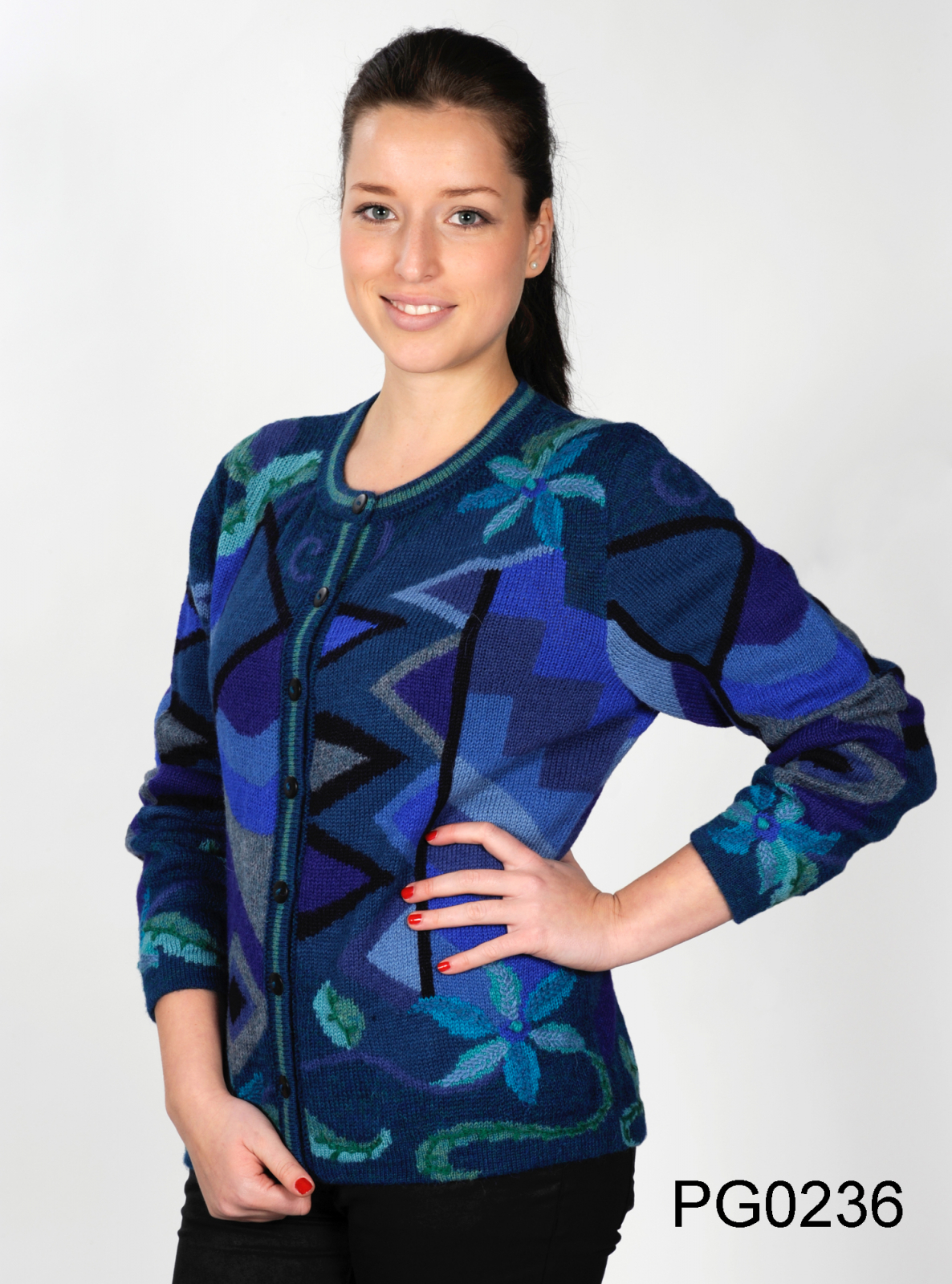 Women's Alpaca Round-Neck Cardigan in Blue