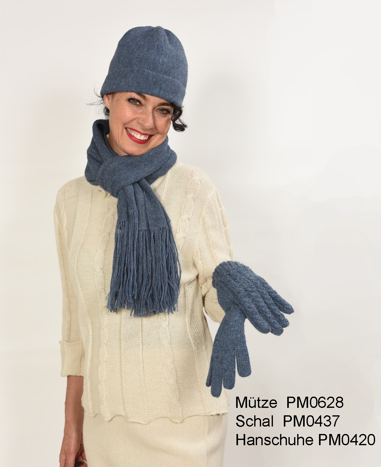 a3b77443c20690 Natural Style Shop - Alpaca Knit Gloves with Cable Pattern from ...