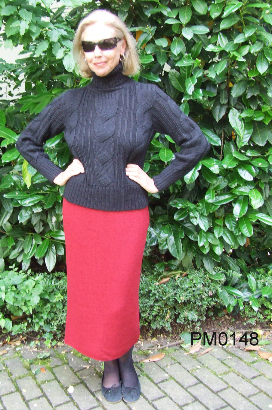 Alpaca Skirt, strait form with slit in back, links-knit
