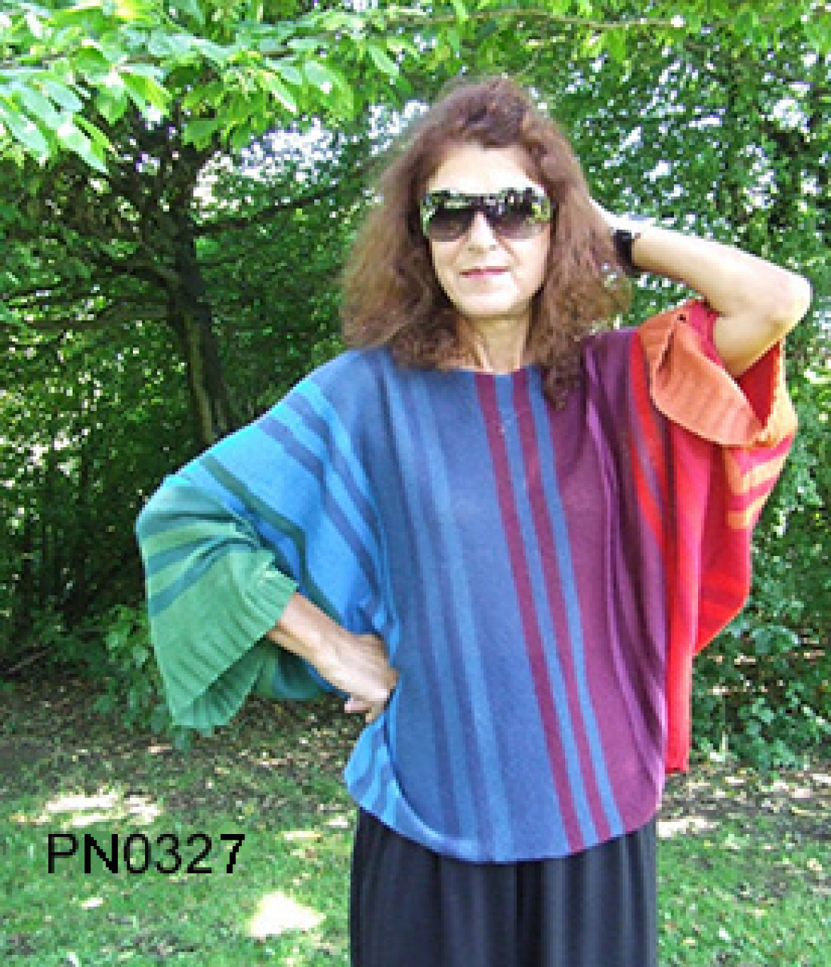 Womens Apaca Sweater in Butterfly-Form, rainbow colors,